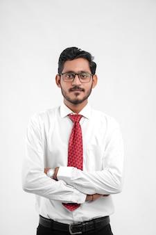 젊은 인도 성공적인 사업가