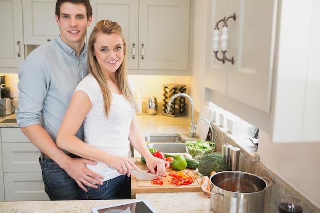 若い、男、女、身に着けていること、幸福、一緒に、台所