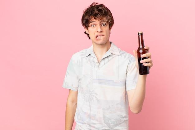 ビールと若い男