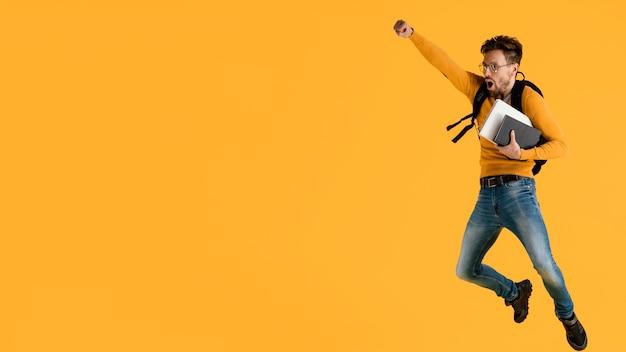 책 점프와 젊은 남자
