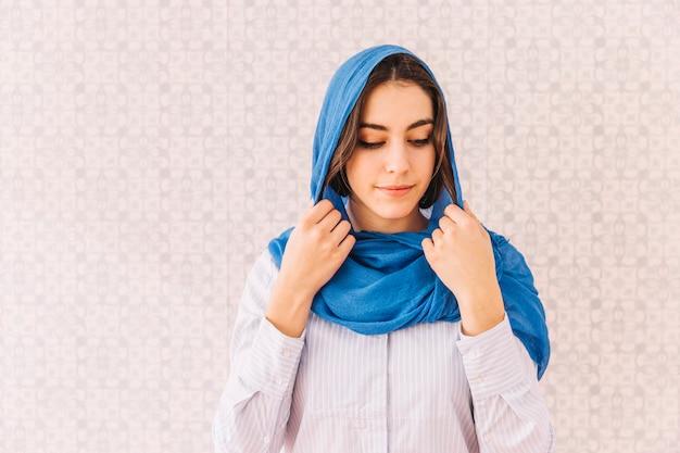 年轻的穆斯林女人
