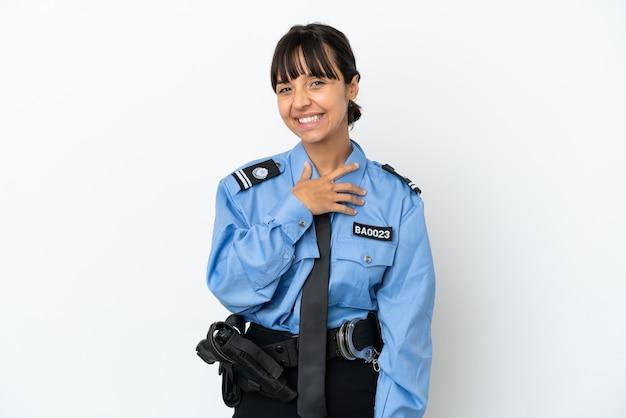젊은 경찰 혼혈 여성 고립 된 배경 웃으면서 올려다