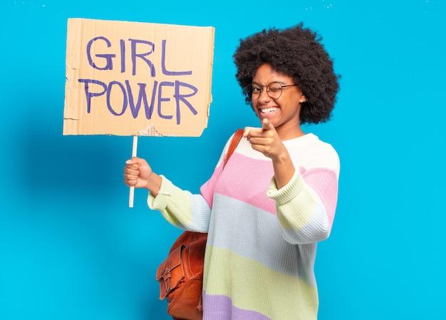 젊은 예쁜 아프리카 여자 여자 전원 개념