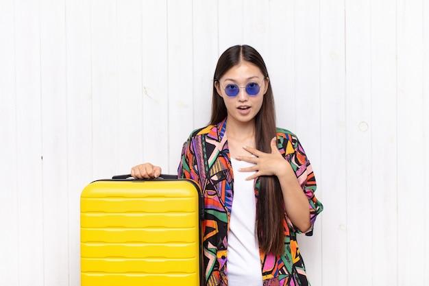 若いかなり中国の観光客の女性