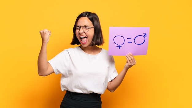 若いきれいな女性のジェンダー平等の概念