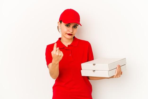 神経質で非常に不安な、爪を噛む若い細いアラブのピザ配達の女の子。