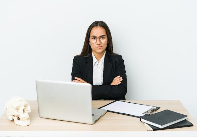 Соблазнительная девушка на работе работа по веб камере моделью в нариманов