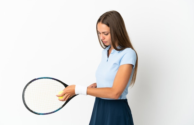 고립 된 젊은 여자 테니스