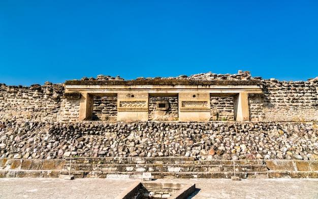 멕시코 오악 사카에있는 미 틀라 고고학 유적지의 사포 텍 유적