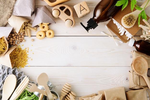 Ноль отходов концепция, без пластика. набор натуральных аксессуаров для дома. эко жизнь.