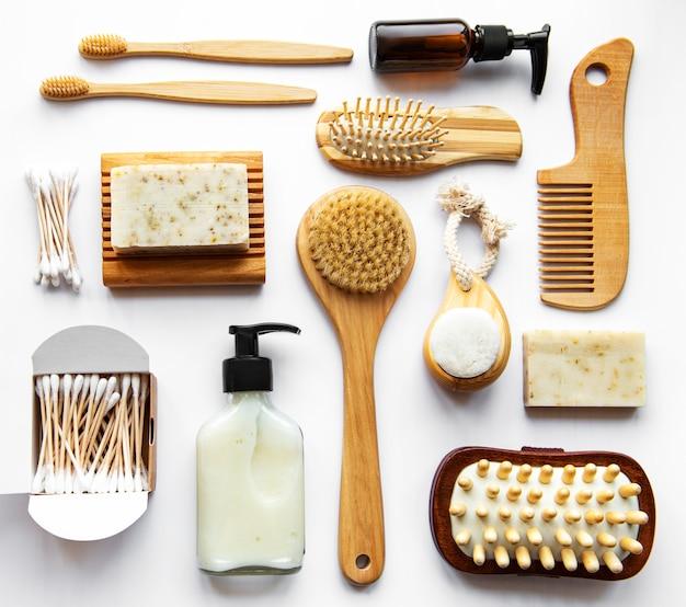 廃棄物ゼロの自然化粧品とツール