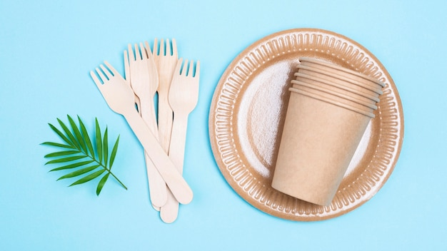 Zero waste paper cups and cutlery flat lay
