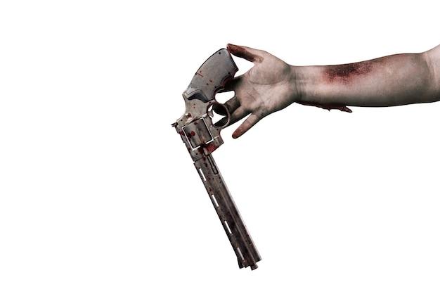 상처가 있는 좀비 손은 흰색 배경 위에 절연 총을 떨어뜨립니다.