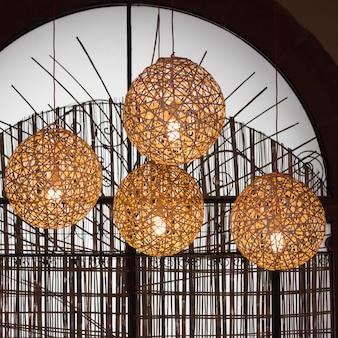 Освещенные подвесные светильники, zona centro, сан-мигель-де-альенде, гуанахуато, мексика