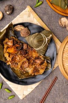 ちまきまたはbakcang中国のおいしいもち米餃子