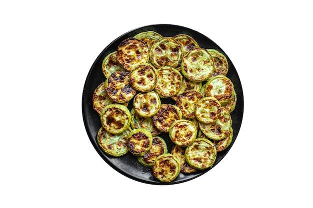 ズッキーニグリル揚げ野菜バーベキュー新鮮な部分はテーブルコピースペースで食事スナックを食べる準備ができています