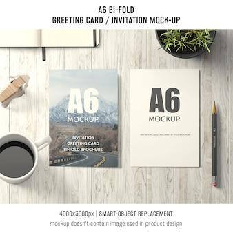 2つのa6折り畳み式グリーティングカード模型