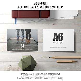 2つのa6二つ折り招待カード模型