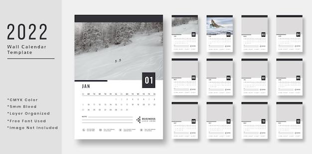 Дизайн шаблона настенного календаря 2022 года