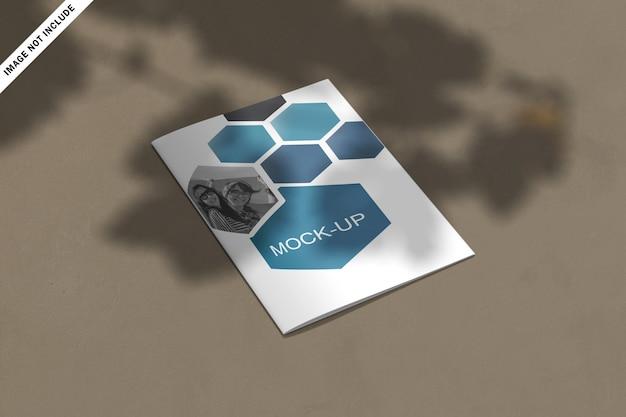抽象的な形のモダンなビジネス2つ折りパンフレット