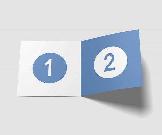 正方形の2つ折りパンフレットのモックアップ