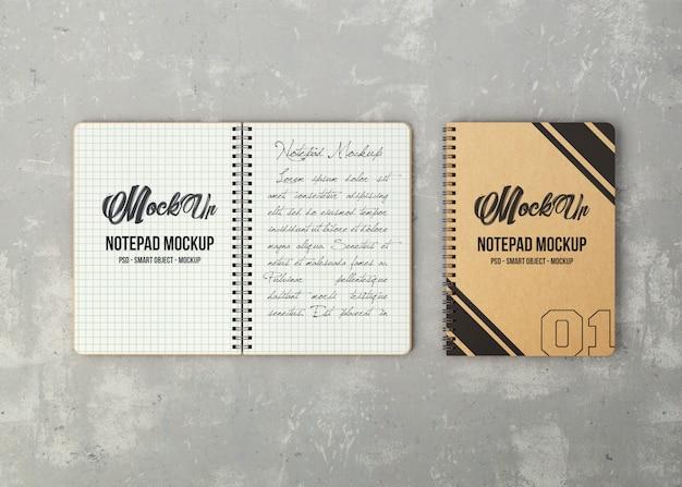 2つのノートブックのモックアップ