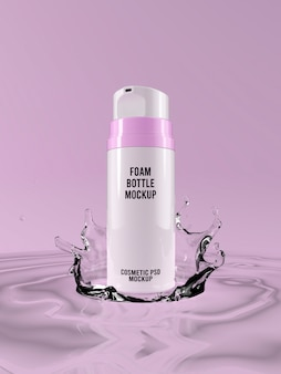 ピンクの背景の水のしぶき3 dの顔泡ボトルモックアップ
