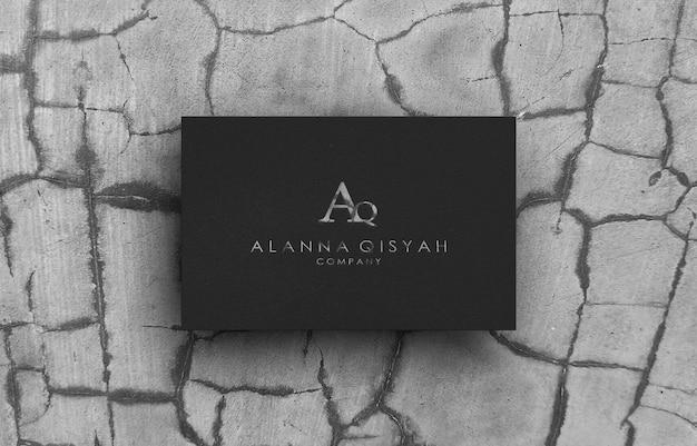 3d макет логотипа на черной бумаге