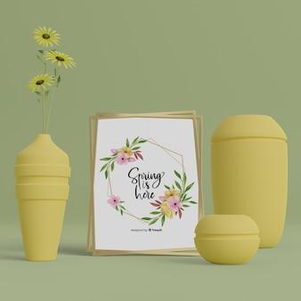 3 d花瓶とテーブルの上のこんにちは春カード