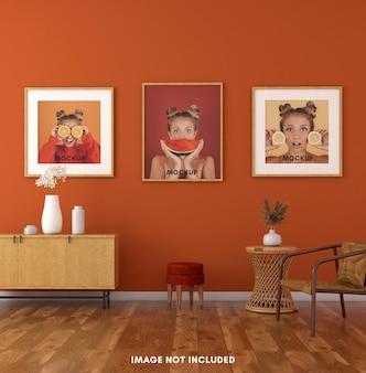 3d теплый интерьер с деревянной рамкой для макета на оранжевой стене