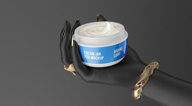 Косметическая банка белого крема на черной руке 3d визуализации макет