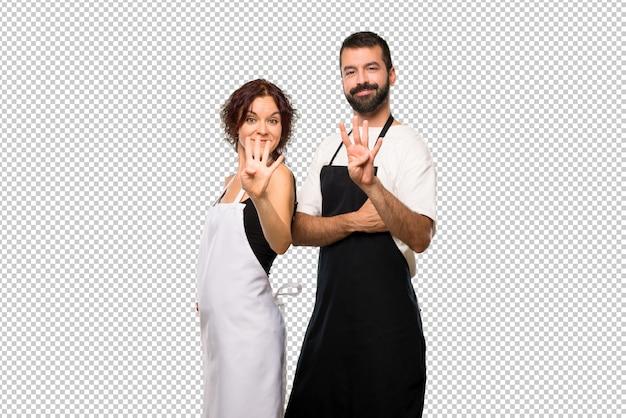 料理家の幸せと指数で4を数えるカップル
