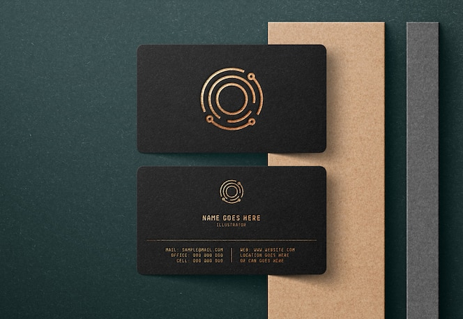 Роскошный логотип макет на черной визитной карте