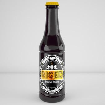 現実的なビールのボトルのモックアップ
