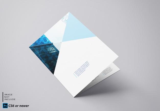 二つ折りパンフレットモックアップ