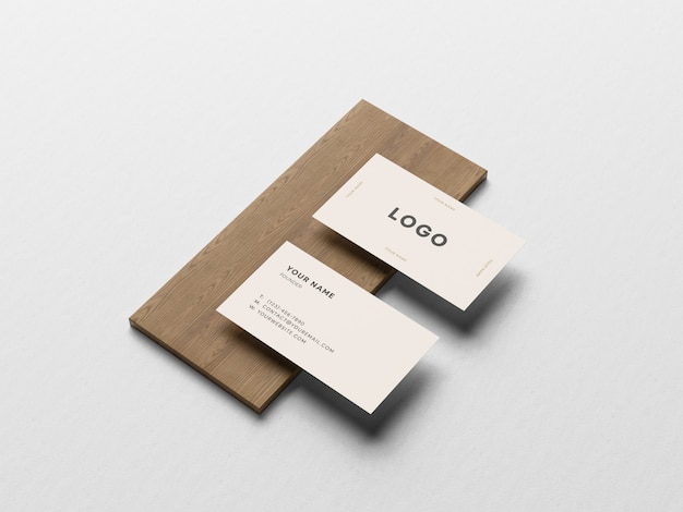 Визитная карточка на борту макета