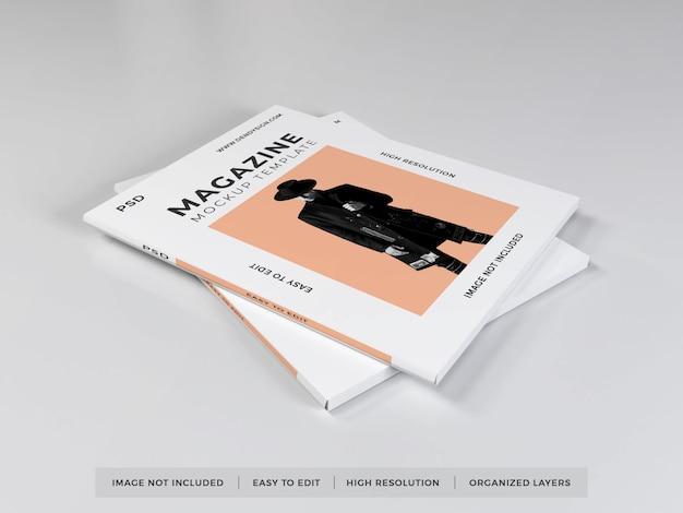 現実的な雑誌のモックアップテンプレート