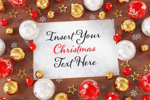 Рождественская открытка на деревянной поверхности с рождественскими украшениями макет