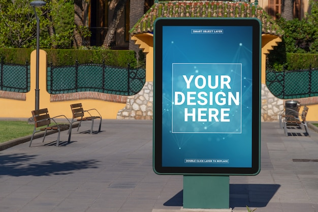 海辺のリゾート都市モックアップの屋外広告看板
