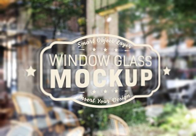 窓ガラスのロゴのモックアップ