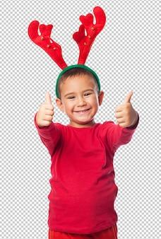 Маленький малыш мальчик празднует рождество