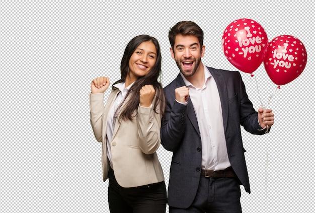 Молодая пара в день святого валентина танцевать и веселиться