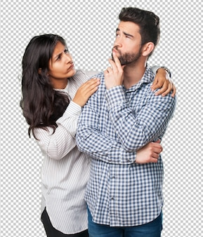 若いカップルが何かを考えて