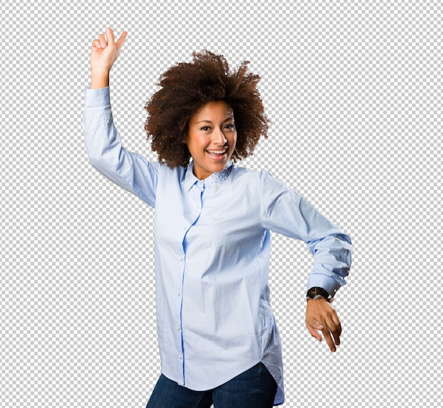 Молодая негритянка танцует