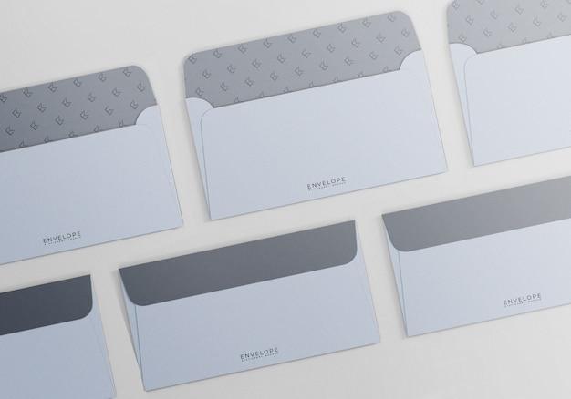 シンプルな封筒モナークサイズのモックアップシーン