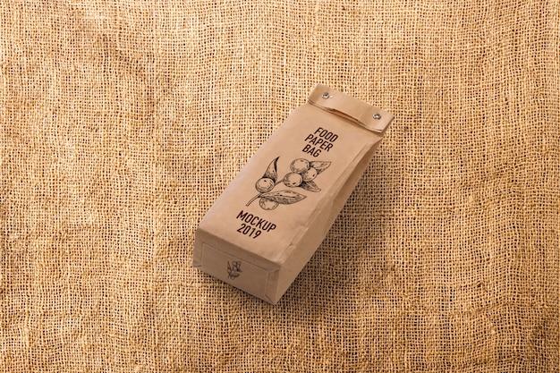 食品包装のモックアップ