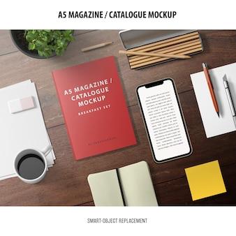 雑誌カタログのモックアップ