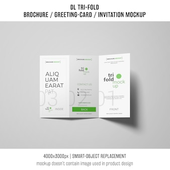 トリフォールドのパンフレットまたは招待状の模造