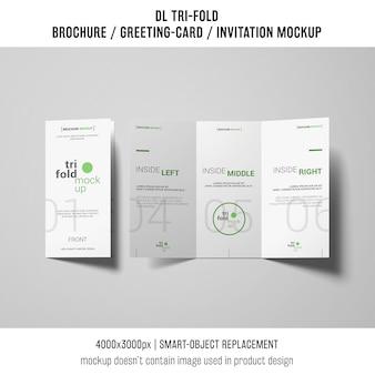 創造的な三つ組のパンフレットまたは招待状の模造