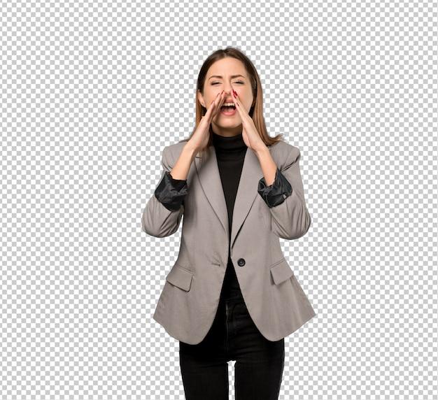 ビジネスの女性が叫びと何かを発表